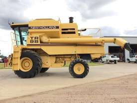 New Holland TR89 Header(Combine) Harvester/Header - picture3' - Click to enlarge