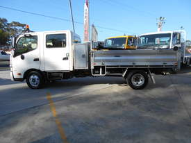 2011 Hino 300 SERIES 616 AUTO - picture7' - Click to enlarge