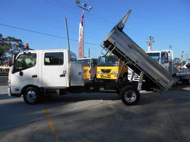 2011 Hino 300 SERIES 616 AUTO - picture12' - Click to enlarge