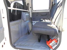 2011 Hino 300 SERIES 616 AUTO - picture17' - Click to enlarge