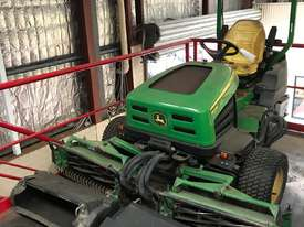 John Deere 2653B PrecisionCut Ride On Mower with Catchers - picture0' - Click to enlarge