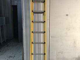Branach Fiberglass Extension Ladder 2.7 / 3.9 Meter FED 4.0 Power Master - picture1' - Click to enlarge