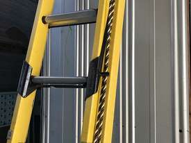 Branach Fiberglass Extension Ladder 2.7 / 3.9 Meter FED 4.0 Power Master - picture6' - Click to enlarge