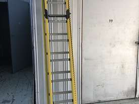 Branach Fiberglass Extension Ladder 2.7 / 3.9 Meter FED 4.0 Power Master - picture9' - Click to enlarge