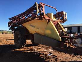 Hardi  Boom Spray Sprayer - picture0' - Click to enlarge