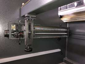 ACCURL Quality NC Pressbrake With Laser Guards, Servo & Delem NC Controller - picture3' - Click to enlarge