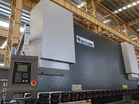 ACCURL Quality NC Pressbrake With Laser Guards, Servo & Delem NC Controller - picture18' - Click to enlarge
