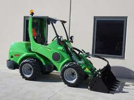 Avant 745 Wheel Loader W/ 4 in 1 Bucket - picture10' - Click to enlarge