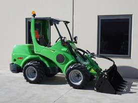 Avant 745 Wheel Loader W/ 4 in 1 Bucket - picture11' - Click to enlarge