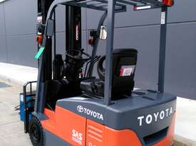 TOYOTA Economy 1.8 Tonne Counterbalance Electric Container Forklift  - picture2' - Click to enlarge