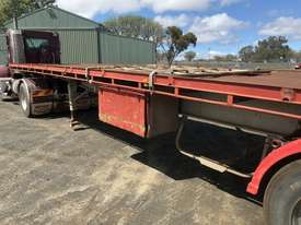 Barker Semi Flat top Trailer - picture14' - Click to enlarge