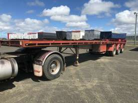 Barker Semi Flat top Trailer - picture16' - Click to enlarge