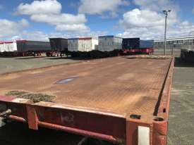 Barker Semi Flat top Trailer - picture17' - Click to enlarge