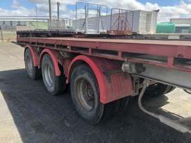 Barker Semi Flat top Trailer - picture5' - Click to enlarge