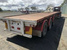 Barker Semi Flat top Trailer - picture11' - Click to enlarge