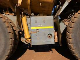Komatsu HD785-7 Dump Truck - picture9' - Click to enlarge