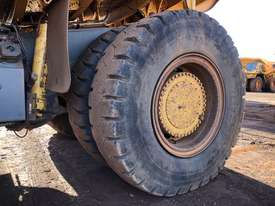 Komatsu HD785-7 Dump Truck - picture11' - Click to enlarge