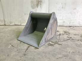 UNUSED 450MM DIGGING BUCKET TO SUIT 2-3T EXCAVATOR E022 - picture3' - Click to enlarge