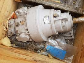 Air drive motor/gear - picture0' - Click to enlarge