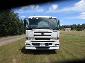 Nissan CWB483 Primemover Truck - picture3' - Click to enlarge