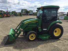 John Deere 3320 Compact Utility Tractor - picture3' - Click to enlarge