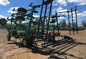 John Deere 2410 Chisel Plough/Rippers Tillage Equip