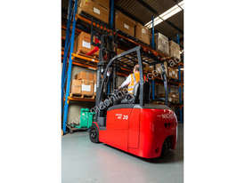 New NICHIYU THREE-WHEELER FBT20-80 counterbalance forklift - picture2' - Click to enlarge