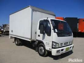 2005 Isuzu NPR 200 - picture0' - Click to enlarge