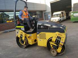 2013 BOMAG BW120AD-4 TANDEM ROLLER WITH 694 HRS - picture3' - Click to enlarge
