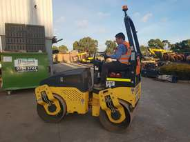 2013 BOMAG BW120AD-4 TANDEM ROLLER WITH 694 HRS - picture6' - Click to enlarge