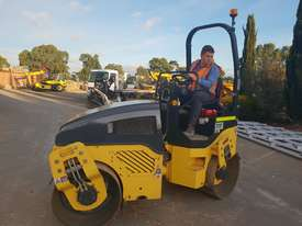 2013 BOMAG BW120AD-4 TANDEM ROLLER WITH 694 HRS - picture8' - Click to enlarge