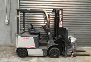 TCM FB25-7 Electric Counterbalance Forklift