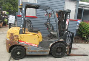 TCM 2.5 ton Container Mast, Diesel Used Forklift