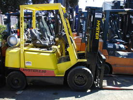 HYSTER H2.50DX LPG CONTINER MAST - picture2' - Click to enlarge