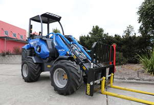 Multione 9.5SD rear seated wheel loader with telescopic boom and auxiliary hydrualics