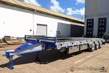 2021 FWR ELITE Tri Axle Tag Trailer with EBS