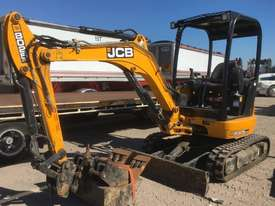 2018 JCB 8025 ZTS 2.6T MINI EXCAVATOR WITH HYD HITCH, 3 BUCKETS, RIPPER AND 135HRS. - picture0' - Click to enlarge
