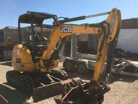 2018 JCB 8025 ZTS 2.6T MINI EXCAVATOR WITH HYD HITCH, 3 BUCKETS, RIPPER AND 135HRS. - picture1' - Click to enlarge