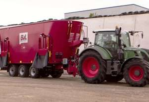 BvL V-Mix 46 - The Longer Lasting Feed Mixer Wagon