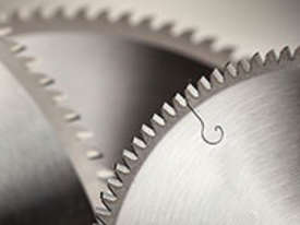 GERMAN CARBIDE-TIPPED SAW BLADES - NEGATIVE RAKE - SUITABLE FOR ALL DROP MITRE SAWS  - picture0' - Click to enlarge