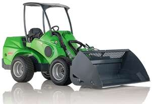 Avant 750 Articulated Compact Loader