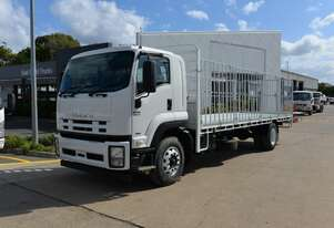 2012 ISUZU FTR 900 - Tray Truck - Tray Top With Gates