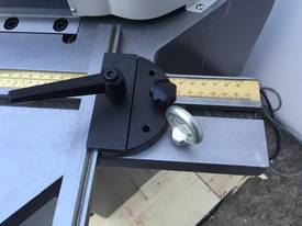 Heavy Duty Industrial 200mm x 4mm Notcher - Look at specs - picture18' - Click to enlarge