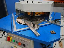 MACHTECH 4-200A VARIABLE ANGLE HYDRAULIC NOTCHER - picture2' - Click to enlarge
