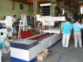 Ajax Taiwanese Large Capacity Surface Grinder - picture1' - Click to enlarge