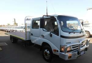 2011 HINO 300 SERIES 2.5T DUAL CAB TRUCK