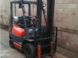Toyota 6FG18 Forklift - picture3' - Click to enlarge