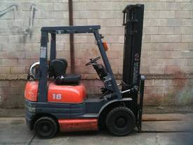 Toyota 6FG18 Forklift - picture0' - Click to enlarge