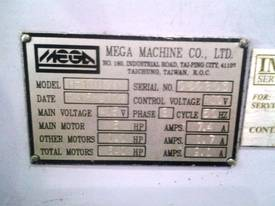 MEGA H-400GA AUTO BAND SAW - picture2' - Click to enlarge