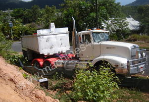 1995 WESTERN STAR 5964S PRIME MOVER